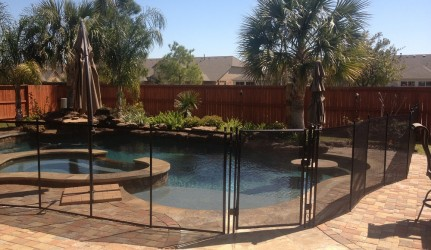 Swimming Pool and Spa Pool Fence