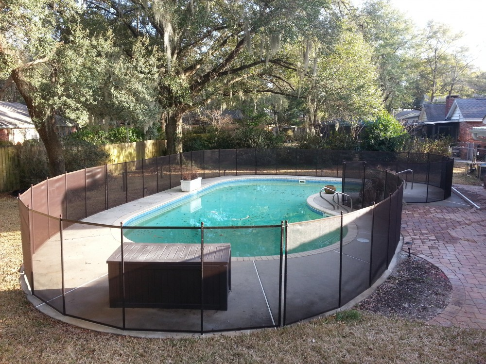 Tallahassee pool fence installer protect a child for Pool dealers
