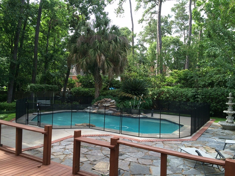 Houston texas pool fence installer protect a child for Pool dealers