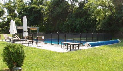pool_fence_black
