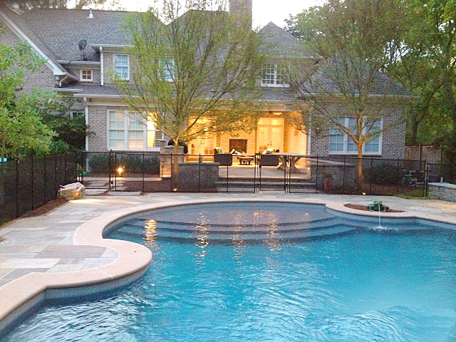 Nashville pool fence installer protect a child for Swimming pool dealers