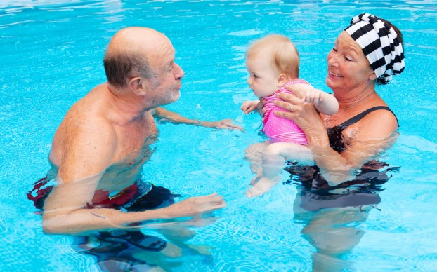 grandparents_swimming