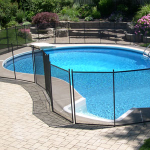 Ottawa pool fence installer protect a child for Pool dealers