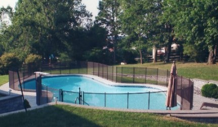 Curved Pool Fence
